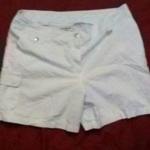 Women's shorts size 18